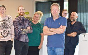 Gruppebilde av de ansatte i Skeidar
