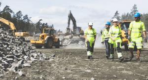 Bilde av NRC ansatte på en byggeplass