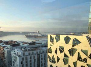 Utsikten fra kontorene til Synergy sky