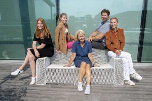 CX-teamet i DN samlet på terrassen
